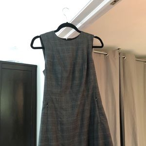 Theory Helaina Wilford Grey Plaid Dress sz 4